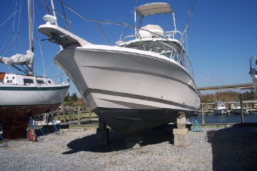 2005 Wellcraft 33 Coastal