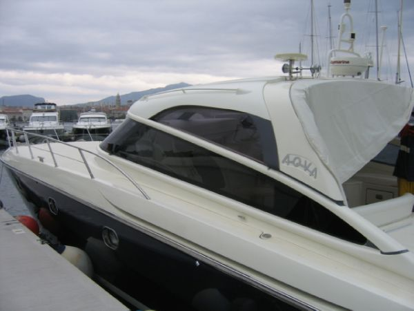 Baia Aqua 54 Type Motor. Length:17.00 m (~ 55.77 ft) Beam:4.80 m (~ 15.75 ...