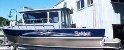 2015 Raider Sea Raider 2484 Cuddy