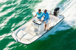 2019 Boston Whaler 150 Montauk