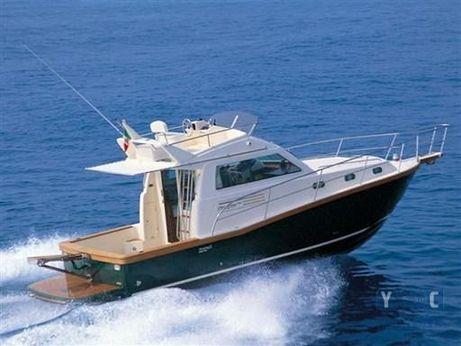 2000 Portofino Marine 10 Fly