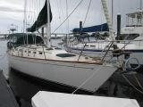 photo of 42' Sabre Yachts 42 Centerboard