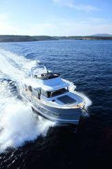 thumbnail photo 0: 2019 Beneteau Swift Trawler 50