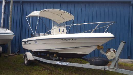 2002 Sea Fox 196 Center Console