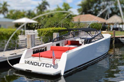 2015 Vandutch 40