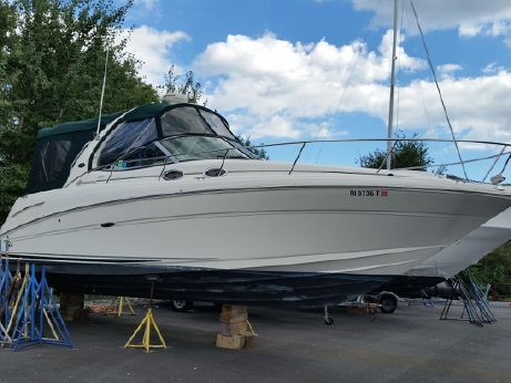2005 Sea Ray 30 Sundancer with Gen and Air