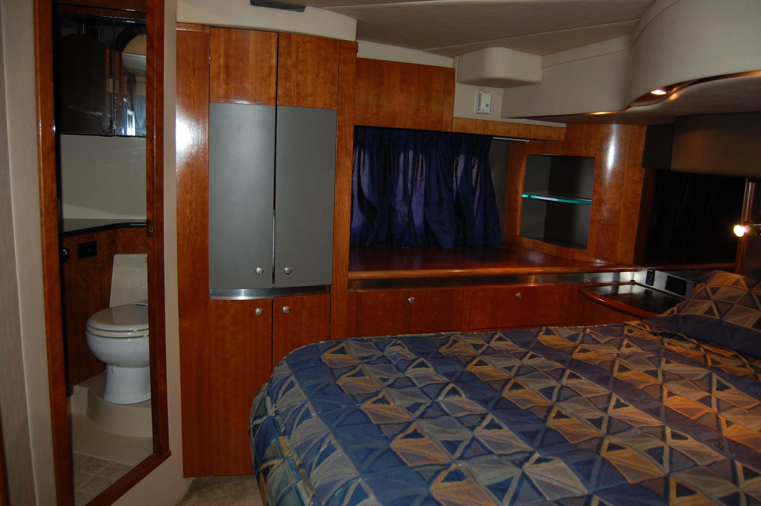50' Cruisers Yachts 500 Express+Photo 33