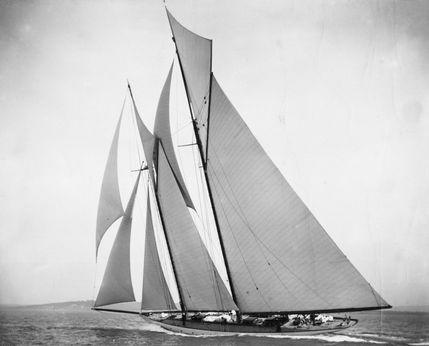 2017 Custom replica schooner INGOMAR