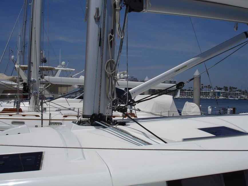 Beneteau Sense 50 Mast Support
