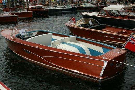 1956 Greavette 20 Utility