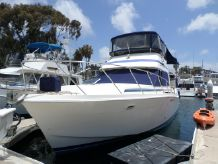 1985 Chris Craft Catalina 426 Aft Cabin