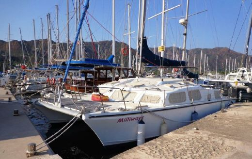 2000 Solaris 42 Catamaran