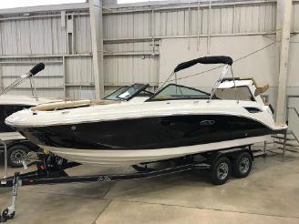 2019 Sea Ray 250 SDX