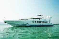 1990 OceanfastTri-Deck M...