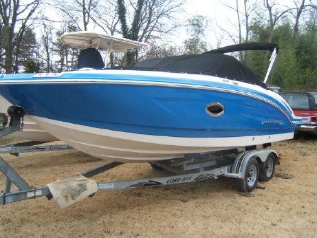 2018 Chaparral 230 Suncoast Outboard