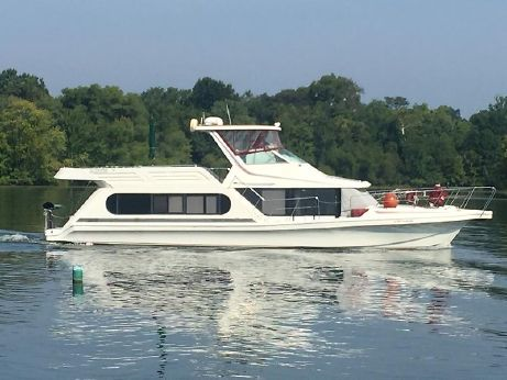 1992 Bluewater Yachts 53 Cabin Yacht