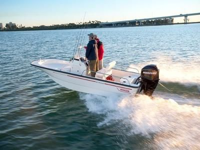 2017 Boston Whaler 150 Montauk