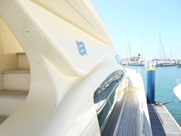 Ferretti Altura 690 Type Motor. Boat in good conditions, equipped with 2 x ...