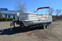 2008 Voyager Pontoons 22 Supreme Cruise Deluxe