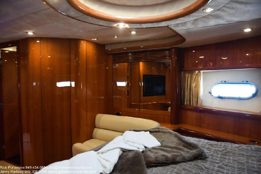 photo of Sunseeker 82 Yacht