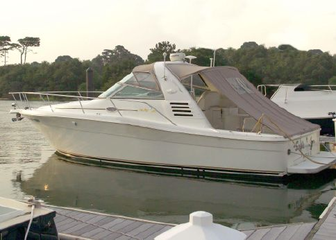 1999 Sea Ray 330 Express Cruiser