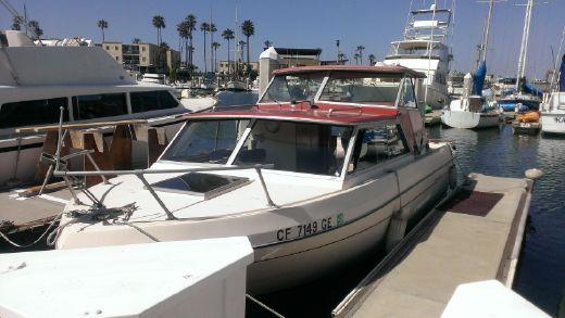 1977 Bayliner Saratoga 2550 w/Oceanside Slip