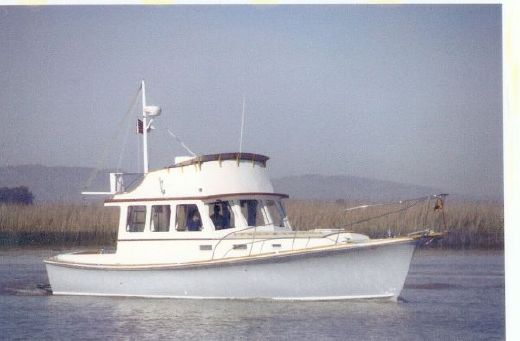 1982 Dyer Fly Bridge Trawler