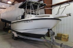 2000 Boston Whaler 210 Outrage
