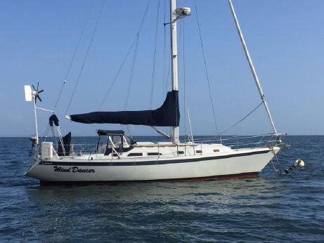 1996 Ericson 380 by Pacific Seacraft