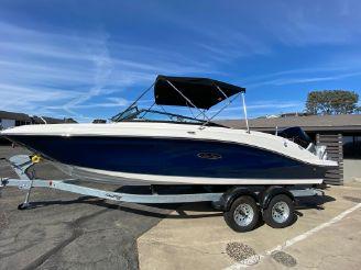 2020 Sea Ray 230 SPX OB
