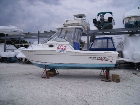 2000 Sportcraft 241 Walk
