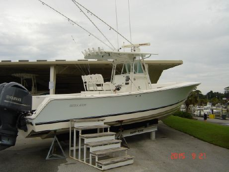 2008 Regulator 32 FS