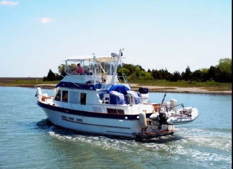 1985 Ocean Alexander 38 Trawler