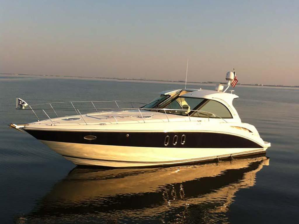 2008 Cruisers Yachts 390 Coupe Power Boat For Sale Www Yachtworld Com
