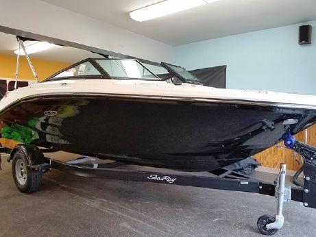 2018 Sea Ray 190SPX