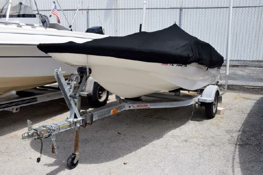 2006 Boston Whaler 130 Sport