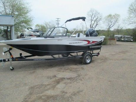 2015 Smoker Craft Ultima 182