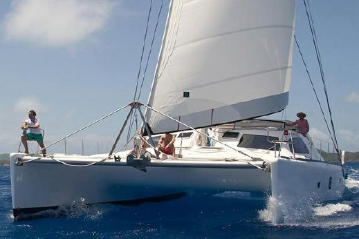 2016 Voyage Yachts 600