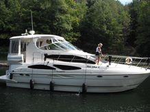 2005 Cruisers Yachts 405 Express Motoryacht