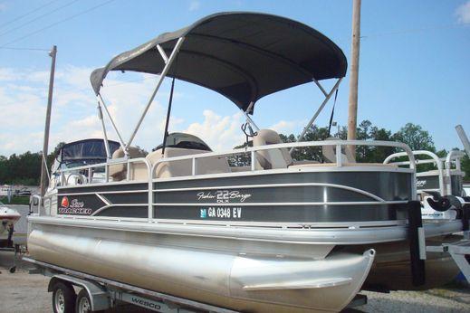 2016 Tracker Fishing Barge 22 DLX