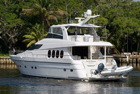 Used Motor Yachts for Sale from 60 to 70 feet - SYS Yacht Sales
