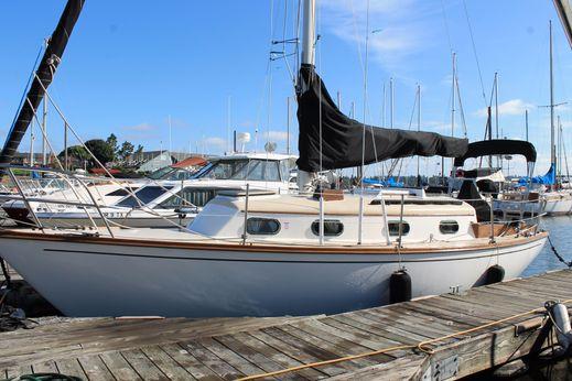 1984 Cape Dory 270