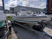 2001 Sea Pro SV1900CC Bay Boat