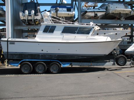 2002 Seasport Navigator 2700