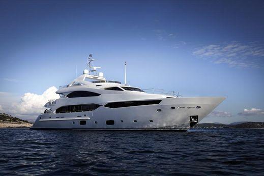 2014 Sunseeker 40M Yacht