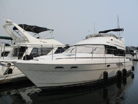 1993 Bayliner 4388 Sedan Motoryacht