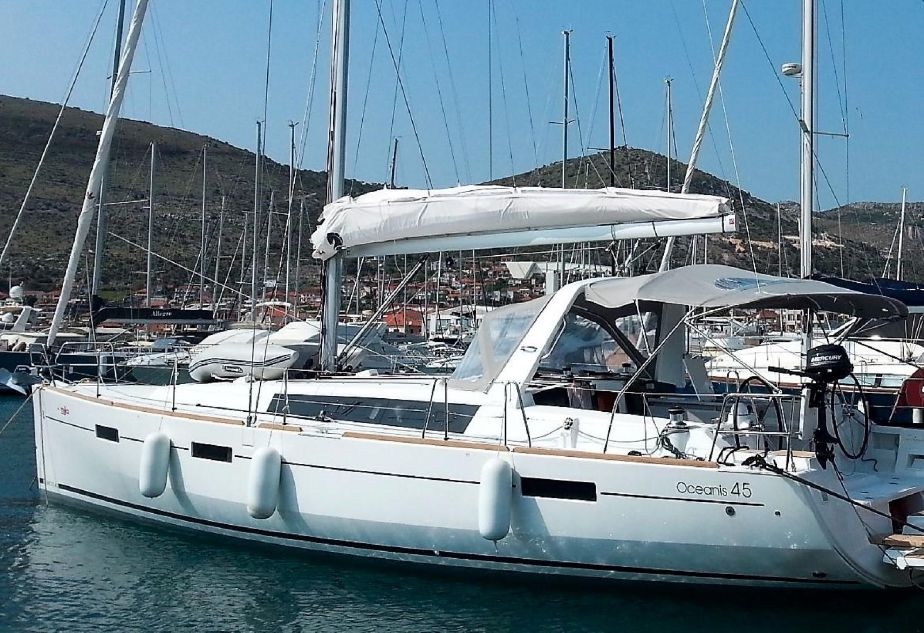 2016 Beneteau Oceanis 45 Sail Boat For Sale Www Yachtworld Com