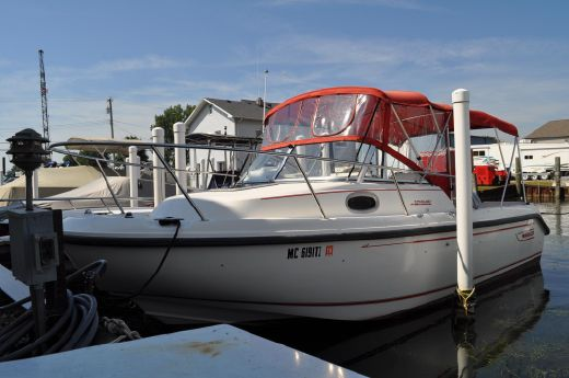 2000 Boston Whaler 21 Conquest