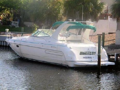 1995 Cruisers Yachts 3570 Esprit