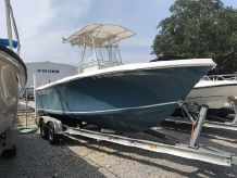 2014 Sailfish 220 CC